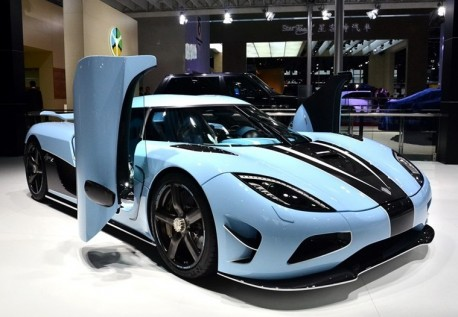 The matte blue Koenigsegg Agera R pops up at the Shanghai Auto Show