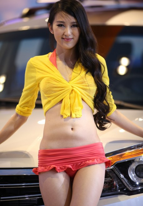 The babes at the Shanghai Auto Show – Part 2