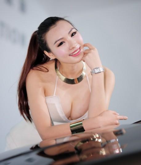 shanghai-china-car-babes-2-9a