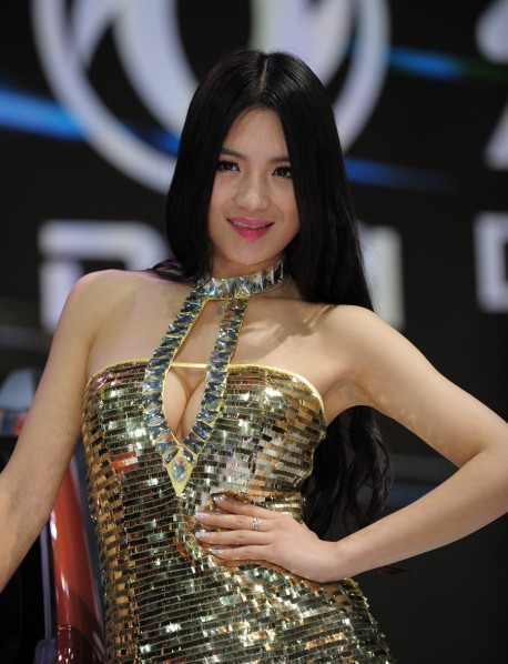 shanghai-show-babes-china-1-2