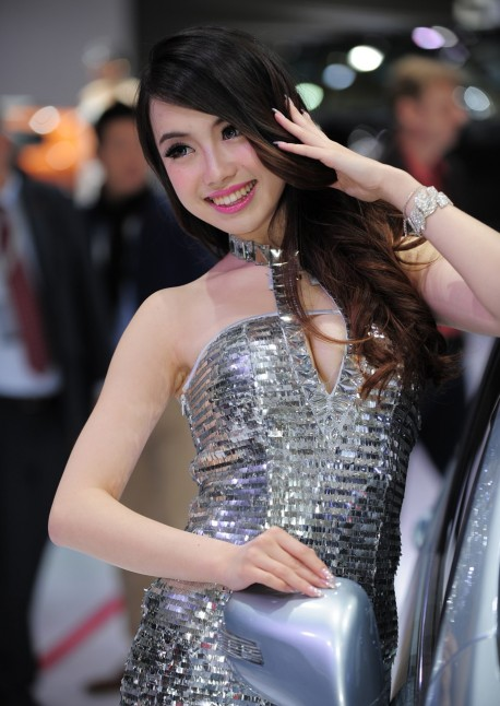 shanghai-show-babes-china-1-3