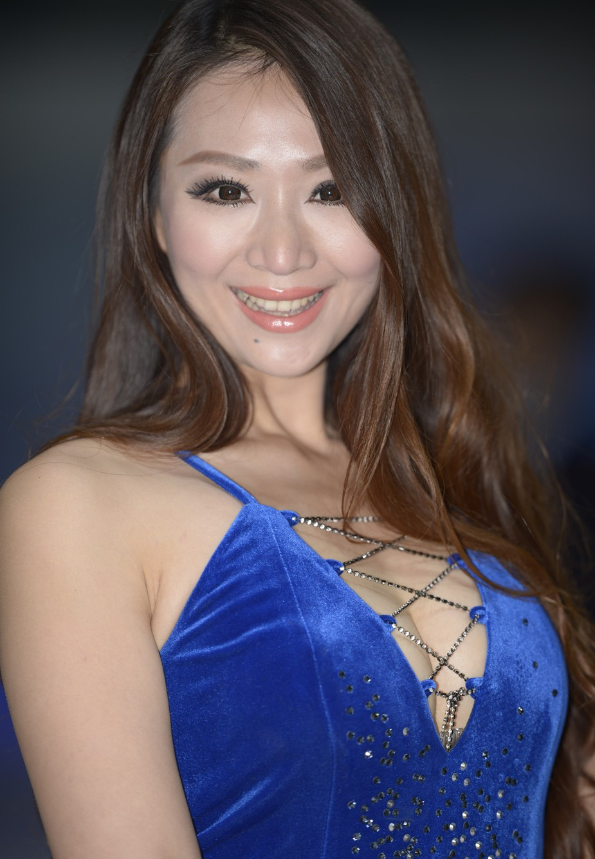babes shanghai china happy really she part carnewschina