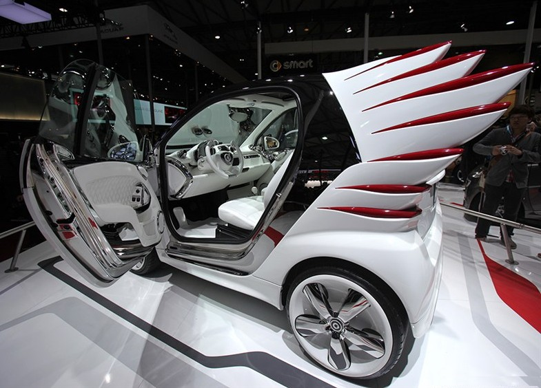 Smart Jeremy Scott Edition hits the Chinese car market, with