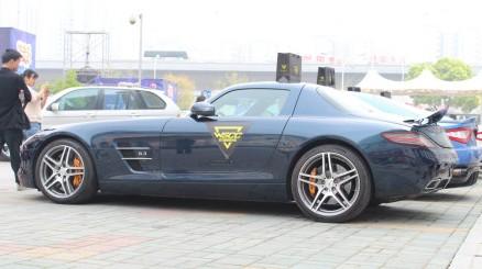 super-car-china-wuhan-4