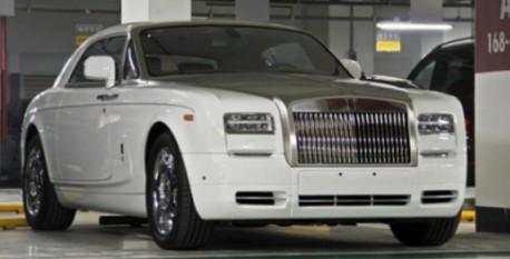 supercar-garage-china-3-2