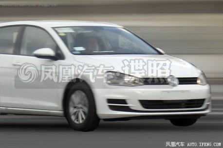 Spy Shots: Volkswagen Golf 7 testing in China