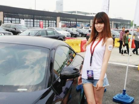 a-china-car-girls-1-2-2