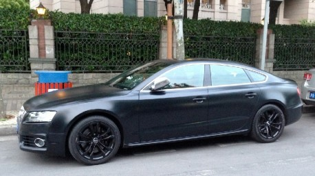 Audi S5 Sportback is matte black in China