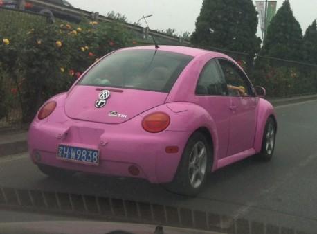 Volkswagen Beetle is Pink in China