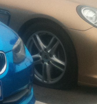 bmw-blue-china-1-2