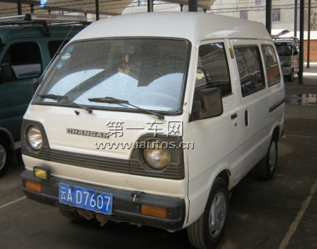 changan-minivan-china-not-1a