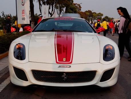 ferrari-599-gto-china-white-4