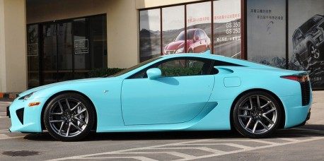 lexus-lfa-baby-blue-china-2