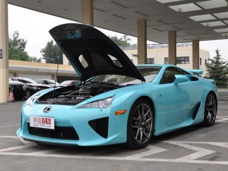 lexus-lfa-baby-blue-china-5