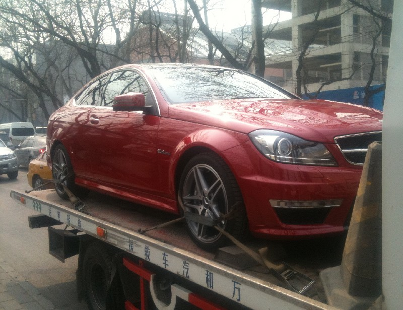 mercedes-c63-coupe-china-3