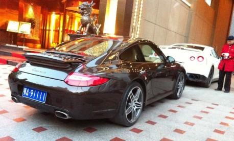 Porsche 911 Carrera has a License in China