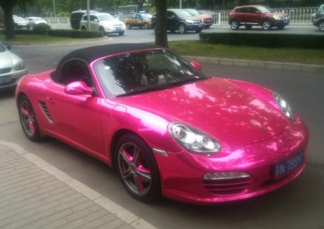 Porsche Boxster is shiny Pink in China
