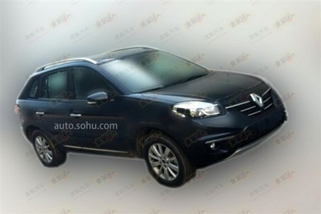 Spy Shots: facelifted Renault Koleos seen testing in China