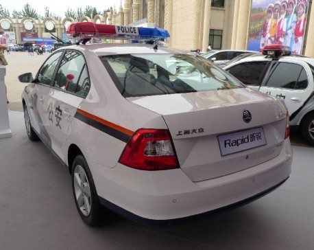 skoda-rapid-police-china-4