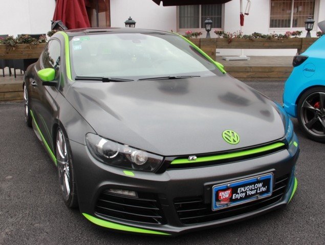 Volkswagen Scirocco is a matte black lowrider in China