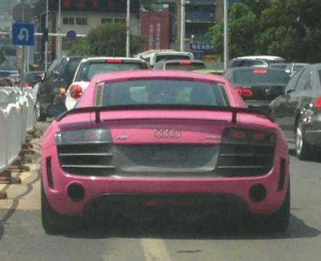 Audi R8 is Pink in China