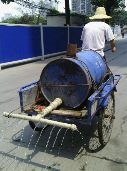 Cleaning the Streets with a Tricycle, the Chinese Way