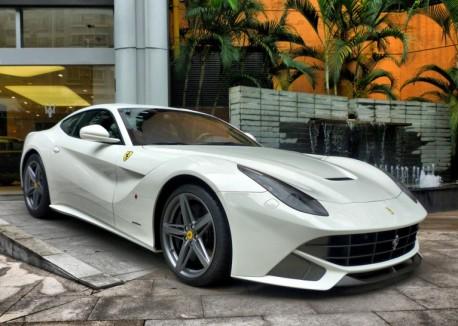 Ferrari F12berlinetta is White in Shenzhen, China