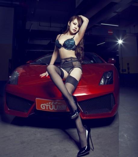 lamborghini-china-girl-4