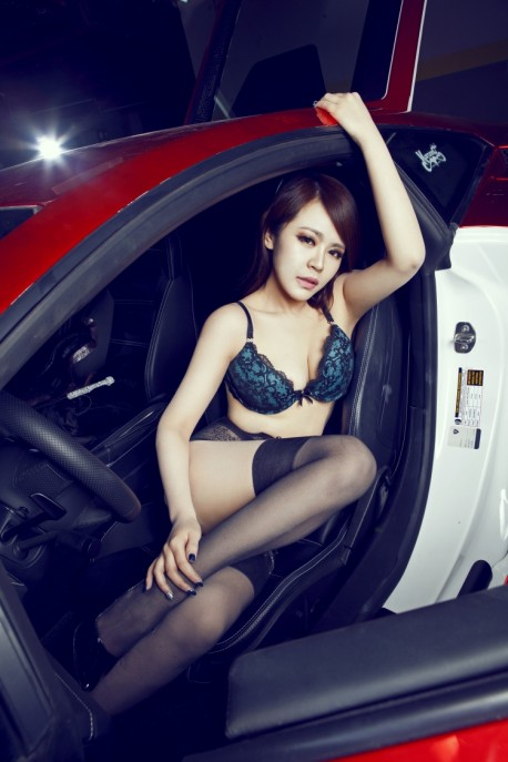 lamborghini-china-girl-8