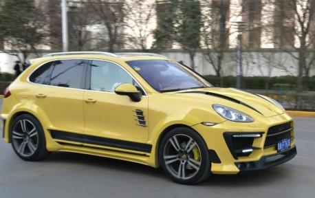 Luma CLR 558 GT Porsche Cayenne is Yellow in China