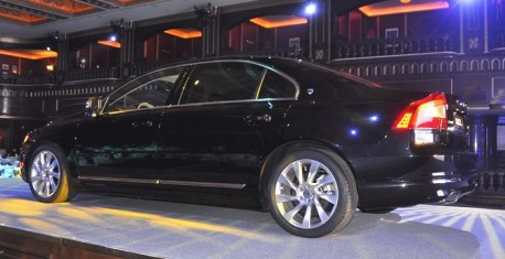 volvo-s80l-fl-china-launch-5