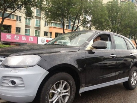 Spy Shots: Zotye T600 SUV testing in China