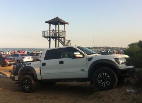 beach-car-china-3