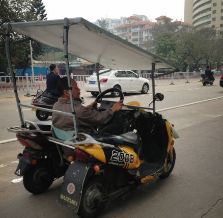 An inventive Double-Scooter car from China