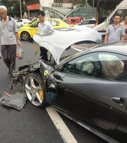 ferrari-crash-china-03-5