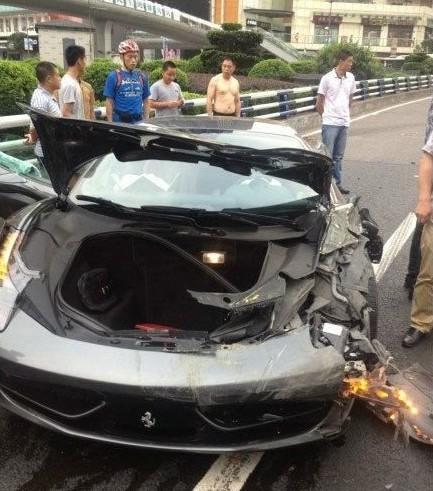 ferrari-crash-china-03-6