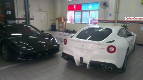 Ferrari F12berlinetta meets Ferrari 458 Italia in Shenzhen, China