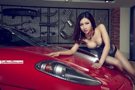 ferrari-sexy-china-girl-8