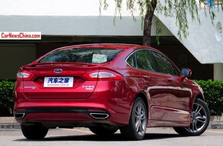 ford-mondeo-china-red-2