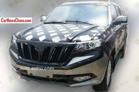 Spy Shots: Foton U201 SUV losing some camo in China