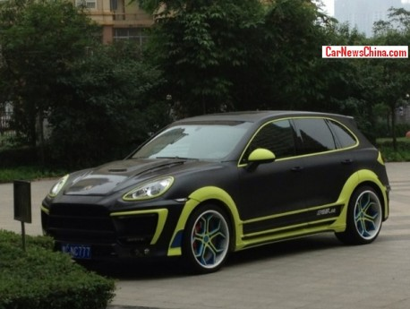 Porsche Cayenne is matte black and a bit canary yellow in China