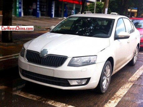 Spy Shots: new Skoda Octavia seen testing in China