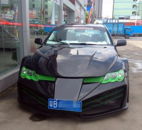 toyota-reiz-bodykit-china-4