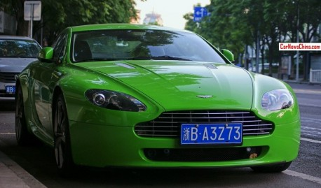 Aston Martin Vantage V8 is shiny green in China