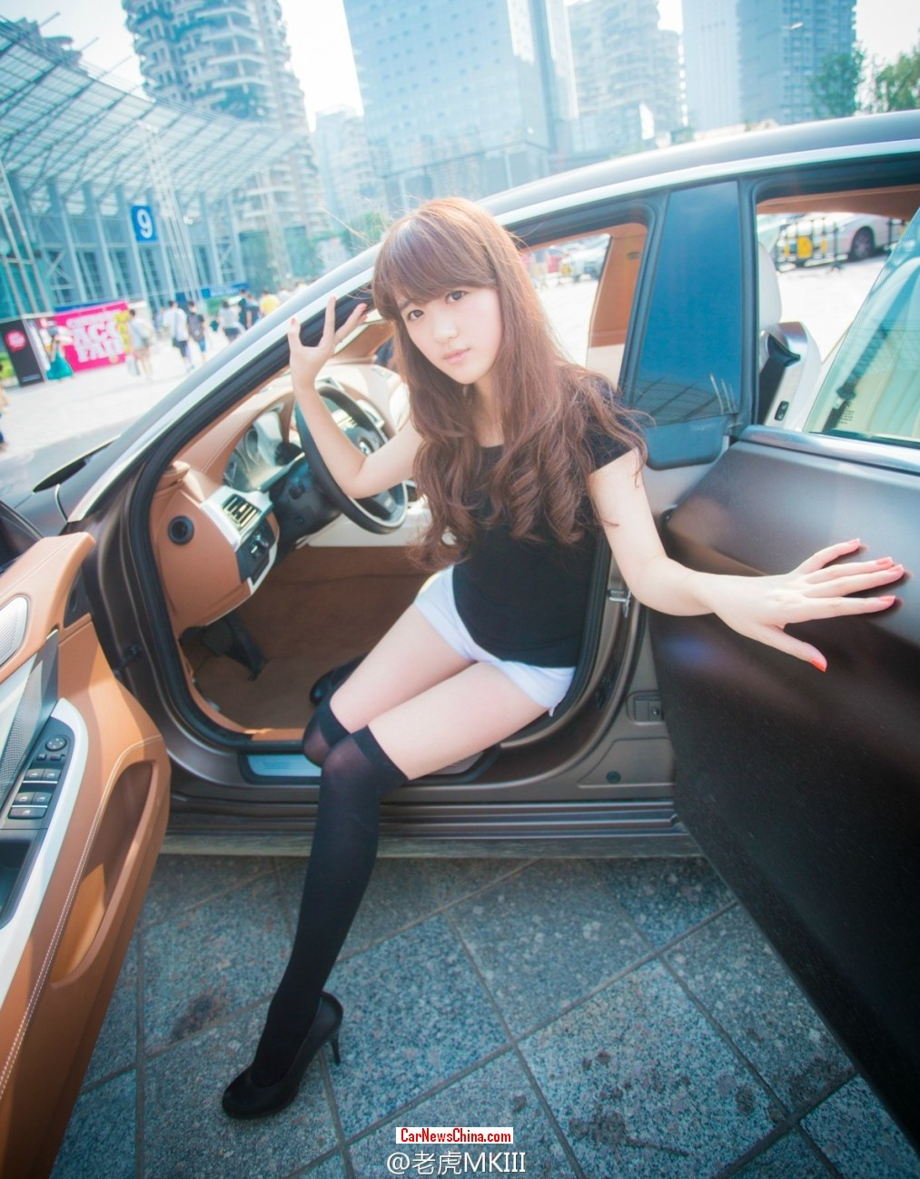 bmw-china-girl-2