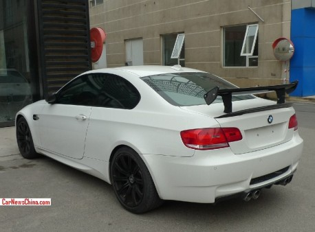 BMW M3 has a Double Wing in China