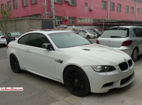 bmw-m3-double-wing-china-3