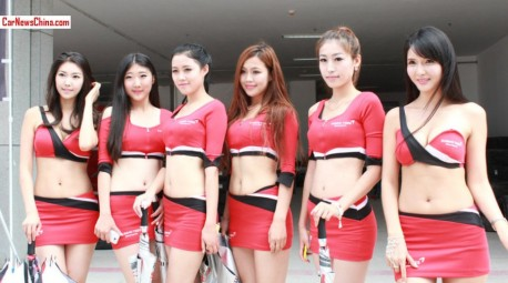 cThe very Pretty Girls of the China Formula Grand Prix (CFGP)