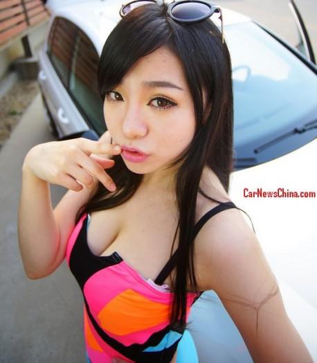 china-sexy-girl-volkswagen-golf-3