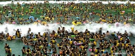 china-tsunami-pool-2
